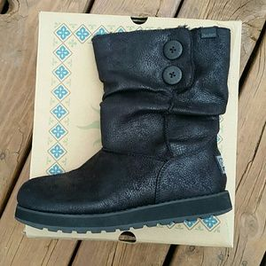 Sketchers boots size 7 womens
